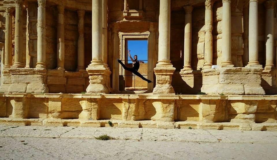 中東 ダンサー